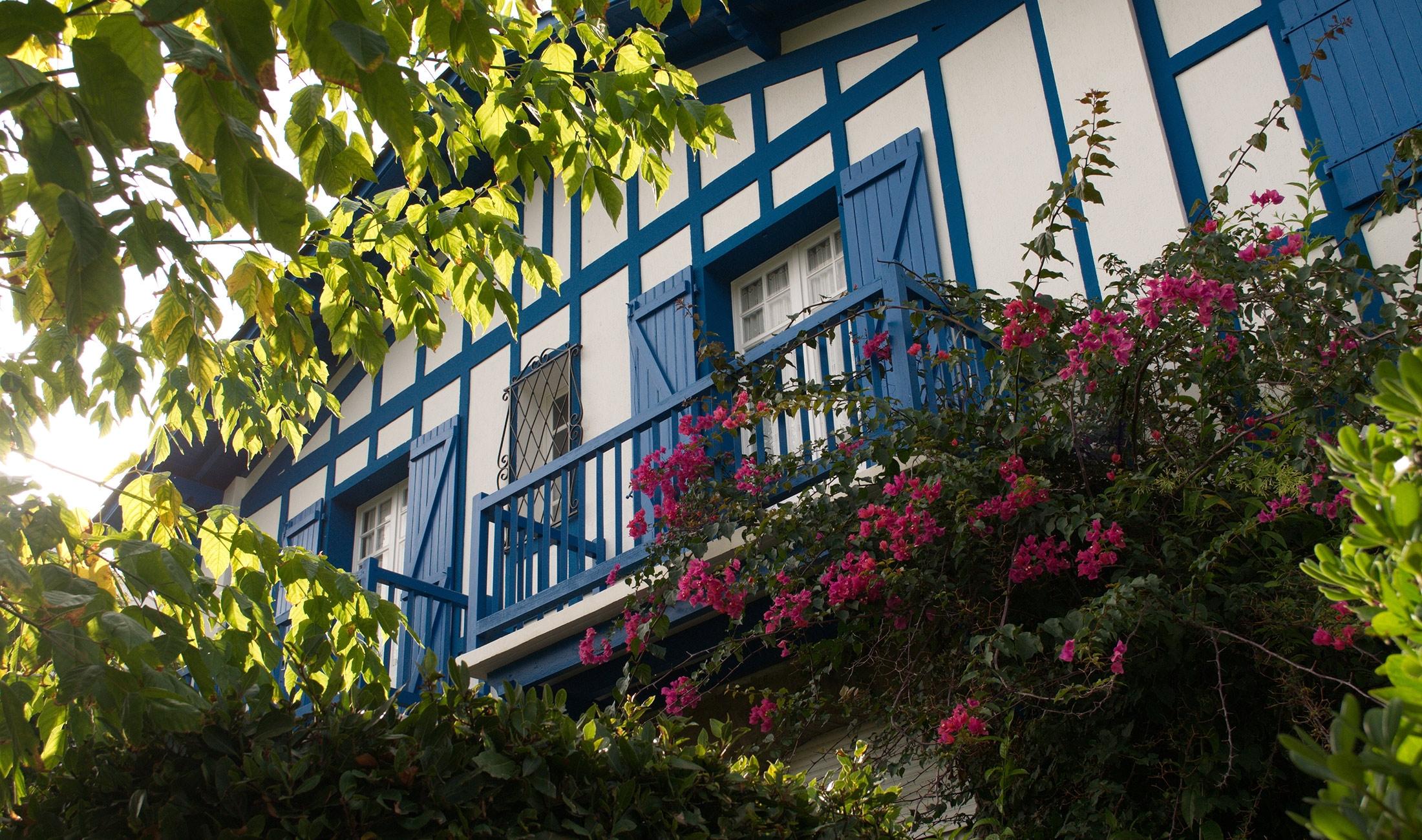 Delta_Voyages_Pays_Basque_Header
